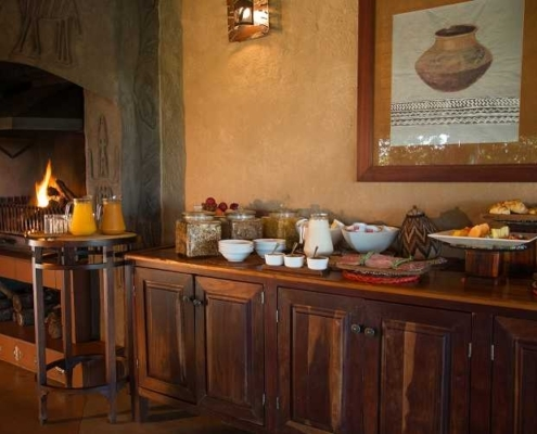 Lukimbi Safari Lodge Buffet