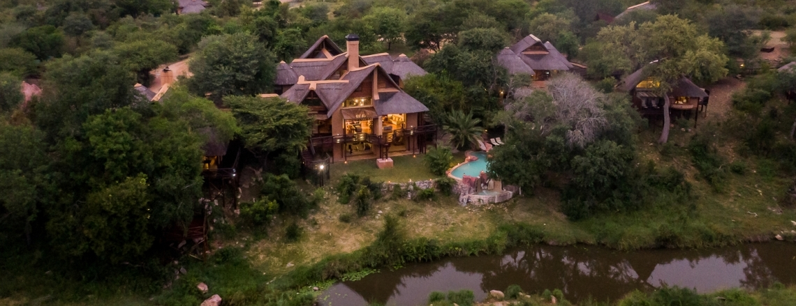 Lukimbi Safari Lodge Slider